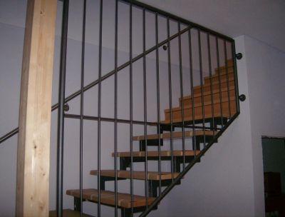 stahlwerk metalldesign bildergallery senkrechte st be bild2082. Black Bedroom Furniture Sets. Home Design Ideas